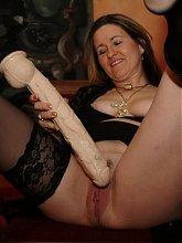 Horny mama getting nasty and freaky