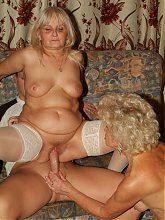 Slutty oldies Francesca and Erlene go for simultaneous pleasure in a granny threesome live
